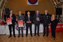 Vítězné družstvo Policie ve střelbě zeSa vz.58 + Pi CZ 75 • ÚOÚČ a DM MV Sloven